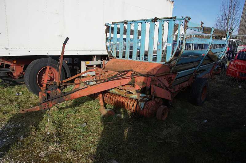 traktor anh nger heusammler ohne typenschild ebay. Black Bedroom Furniture Sets. Home Design Ideas